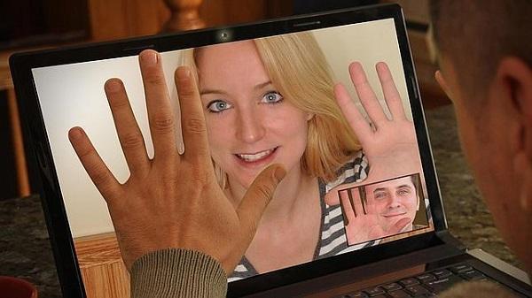conocer gente en internet