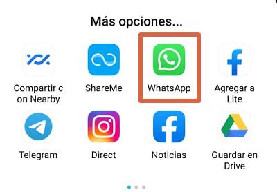 Cómo compartir videos desde Facebook App a WhatsApp paso 4
