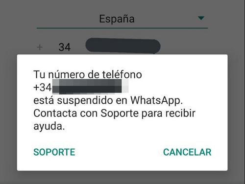 Recuperar la cuenta de WhatsApp bloqueada reinstalando la aplicación.